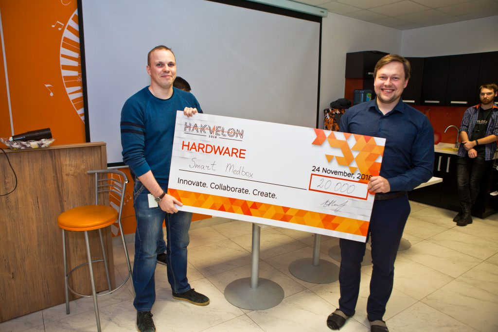 "The winners of the ""Best Hardware"" prize at Akvelon's Hakvelon competition"